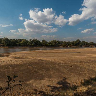 <strong>Het landschap met de rivier bij Track and Trail Rivercamp Zambia</strong>