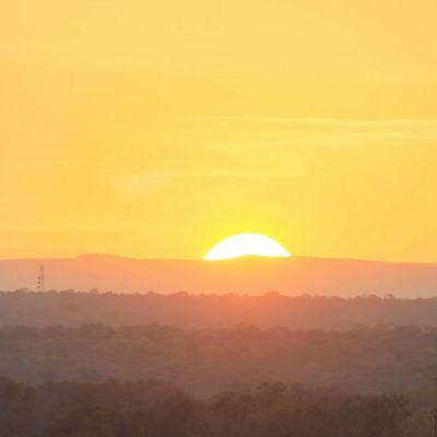 <strong>De zon gaat onder  in het South Luangwa National Park Zambia</strong>